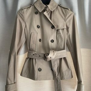 BURBERRY peplum waist belted leather trench